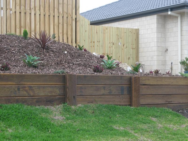 small timber retaining wall best wall 2017 - Timber Retaining Wall Design